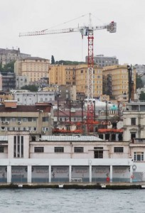 A new building about to hide the Russian churches from the Bosphorus